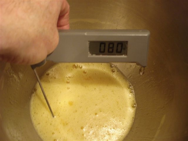 C40 3 eggs and sugar mixture warmed to 80 F - 27 C.jpg