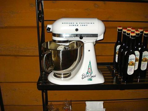 PHOTO%203%20kitchenaid%20mixer.jpg