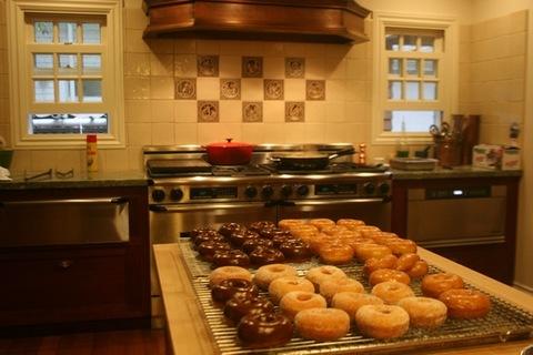 Susies-Donuts.jpg