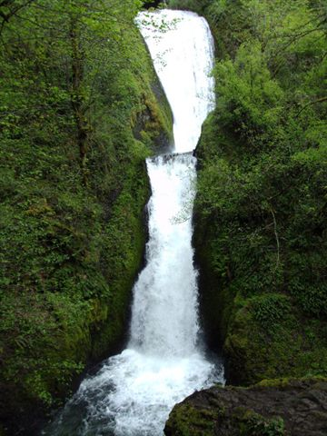 crescent-falls.JPG