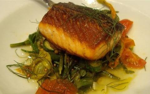 16.salmon-lunch.jpg