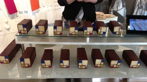 Mondrian_Cakes.jpg