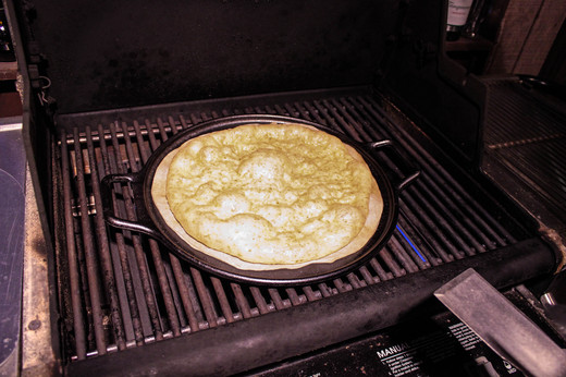 PIZZA_ON_GRILL.jpg