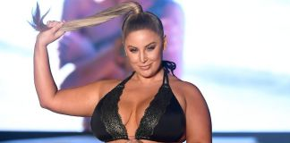 Instagram's Bombshell Ashley Alexiss