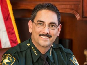 Florida Sheriff Billy Woods bans deputies from wearing face masks at work