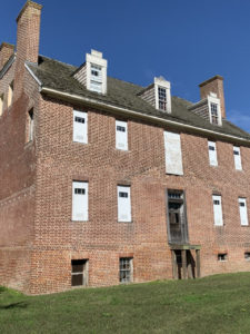 300-year-old slave quarters unearthed at Southern Maryland