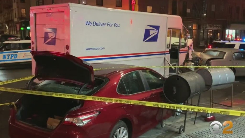 Woman allegedly steals mail truck, rams against parked vehicles
