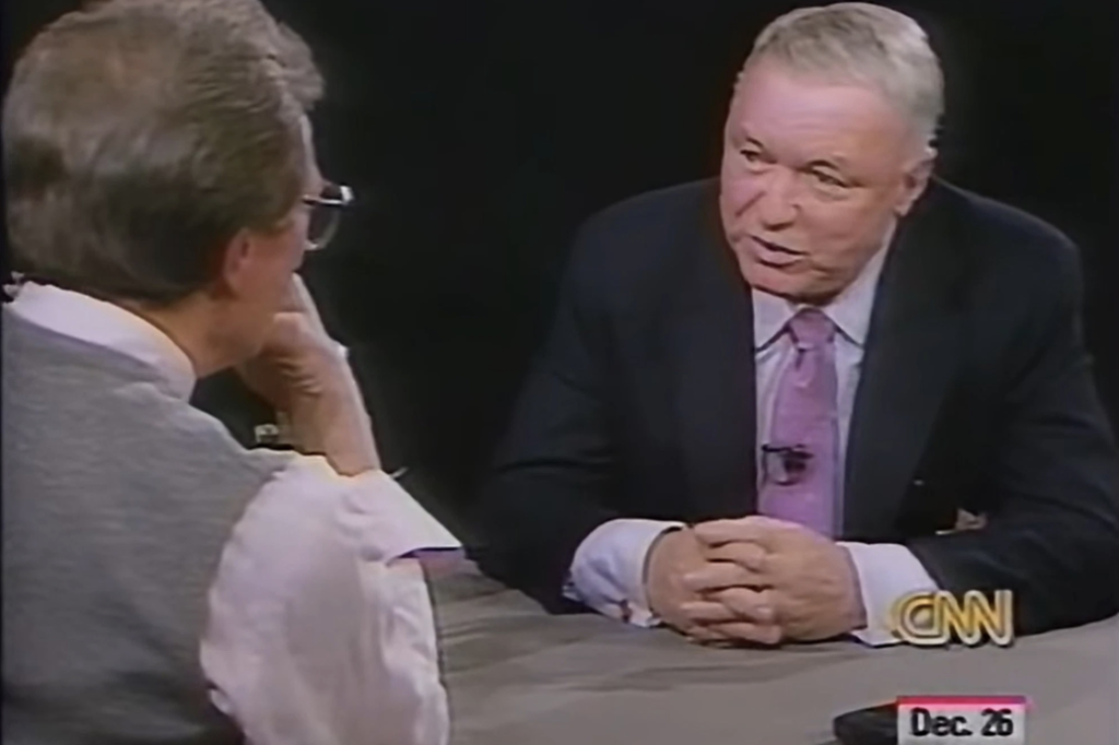 Larry King interviewing Frank Sinatra in 1988.