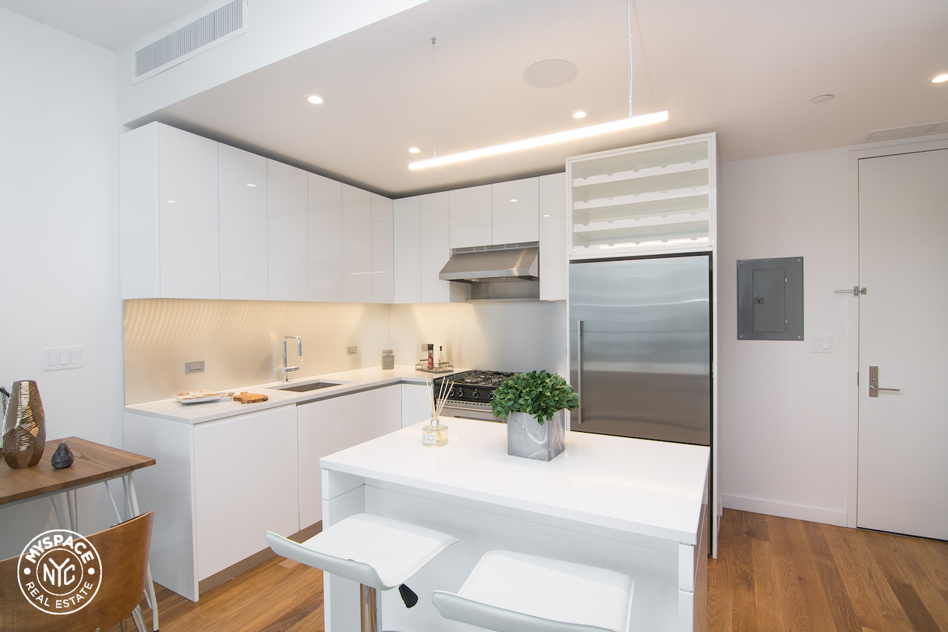 The Azure - Brooklyn two bedroom apartment for rent - 19B