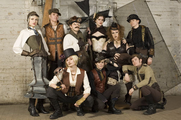 Join the steampunk revolution and build your new persona!