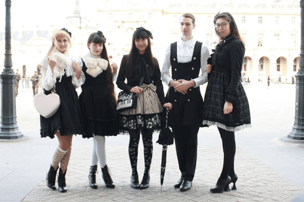The gothic lolita style combines cute styles with a dark aesthetic.