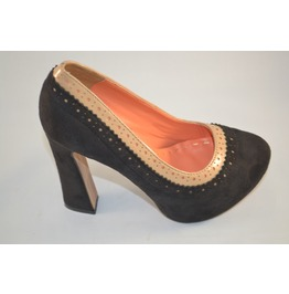 Black_and_brown_heels_with_perforated_pattern__heels_4