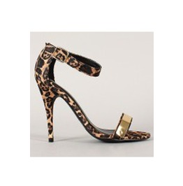 Animal_print_heel_sandle_with_golden_detail_on_strap_heels_2