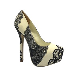 White_heels_with_prited_lace_design_heels_2