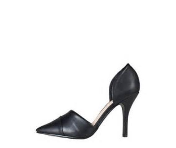 Pointed Black Closed Side Cut Heel-Heels