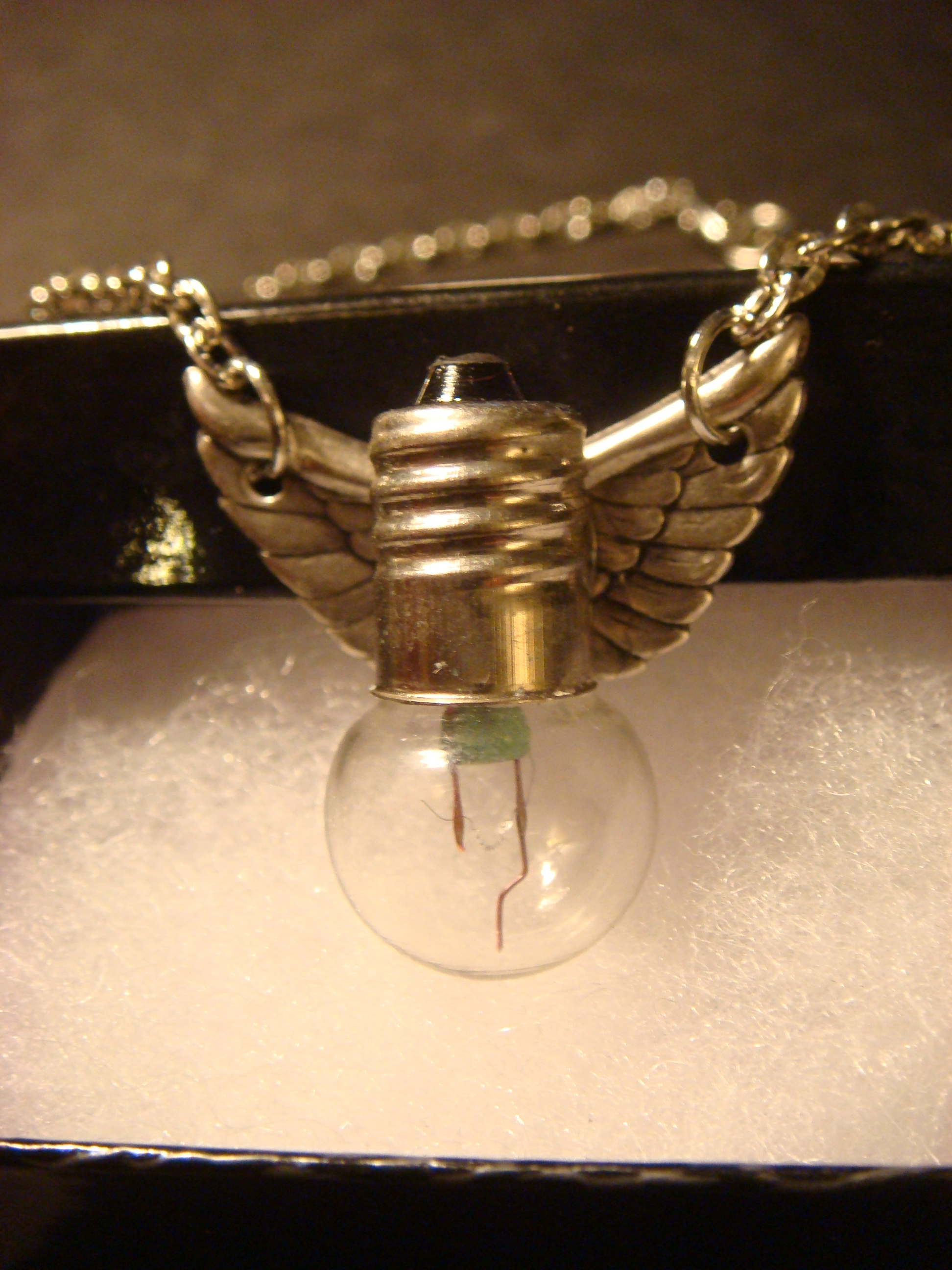 steampunk lightbulb necklace