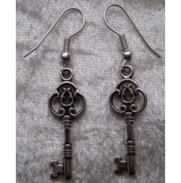 Gothic steampunk silver key drop earrings_earrings_2