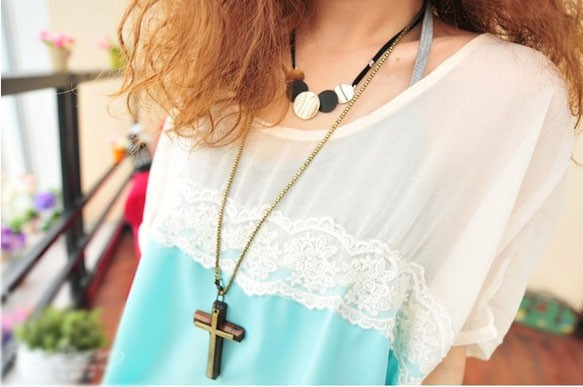 vintage wooden cross necklace
