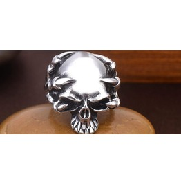 skull jewelry buy skull rings necklaces amp earrings