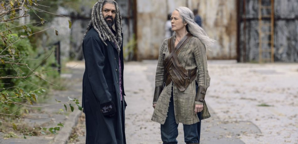 Amcs the walking dead season 9 episode 15 the calm before king ezekiel carol peletier