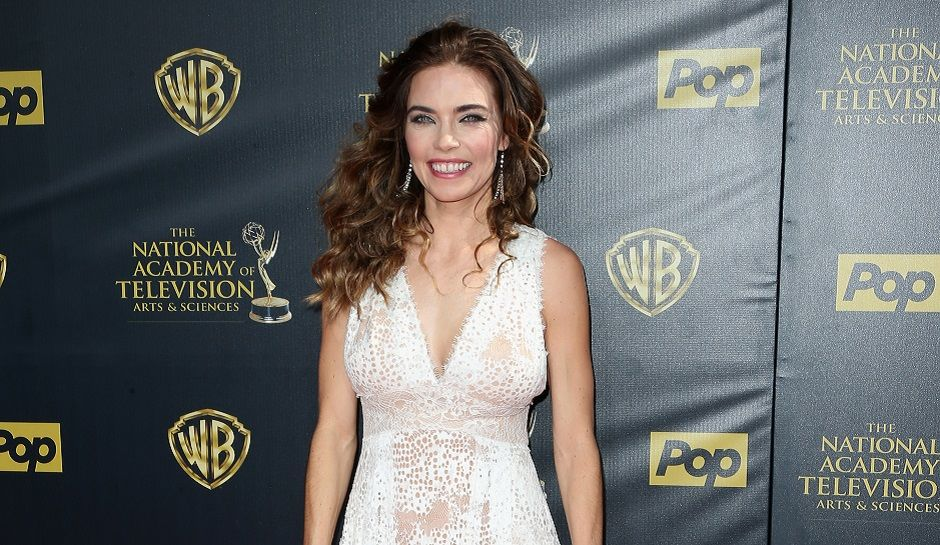 Amelia heinle young and the restless