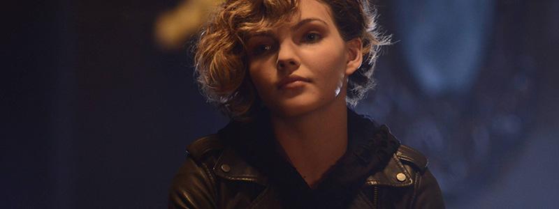 Gotham 2x01 selina