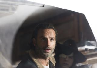 Rick looks worried in the walking dead season 6 finale 320x223 1459367322