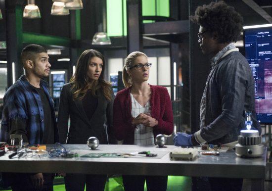 Arrow season 5 team arrow 550x386