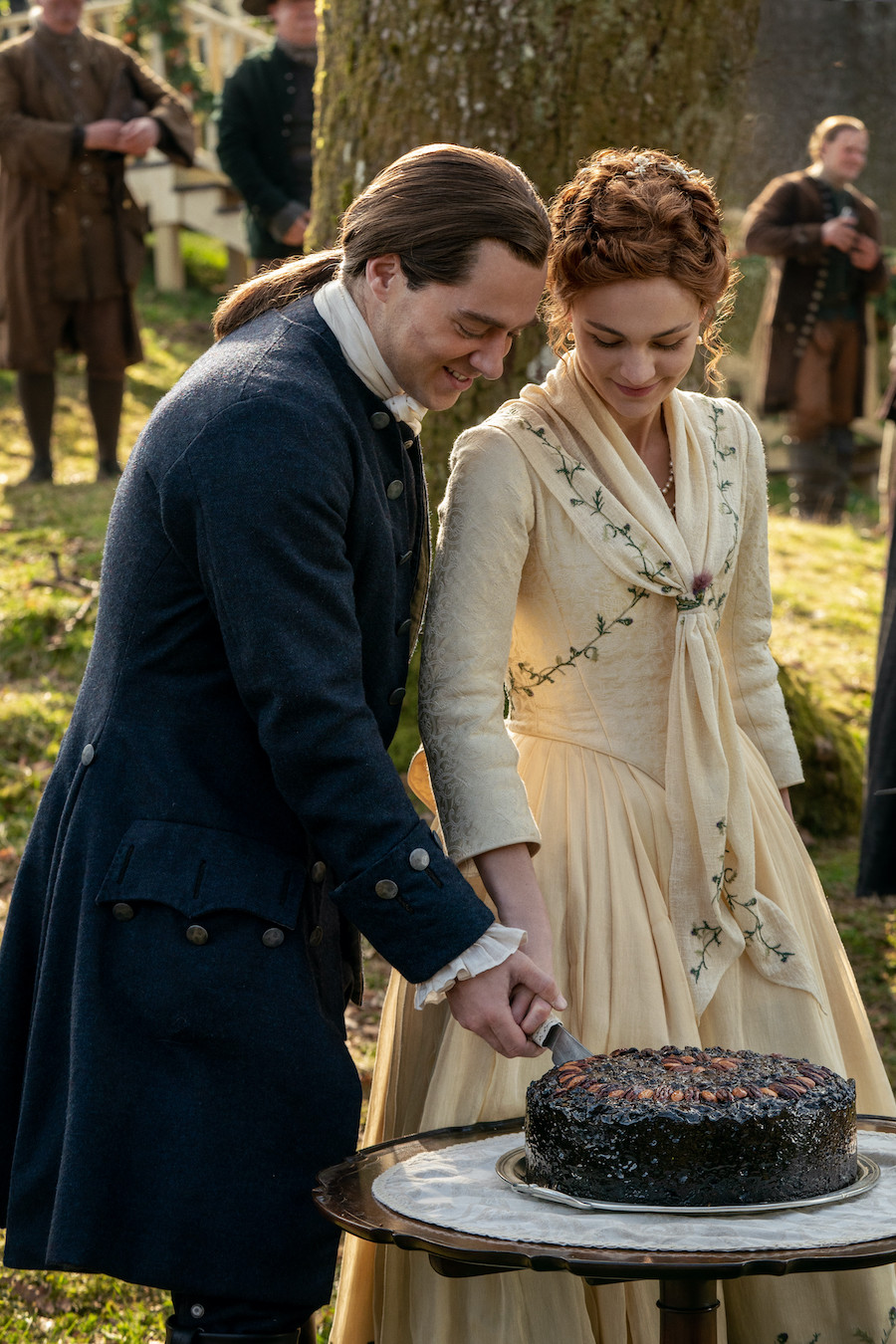 Bree roger wedding outlander season 5