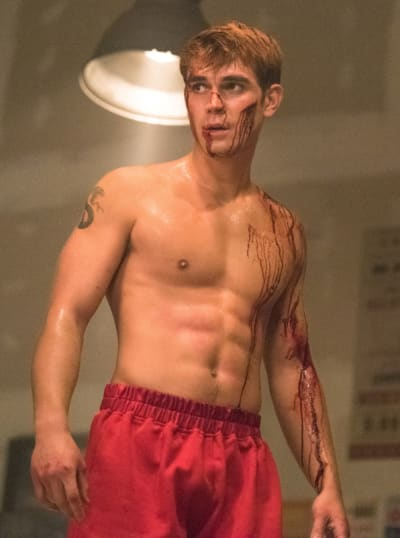 Bruised and bloodied archie riverdale s3e15