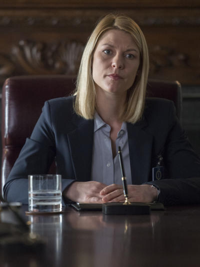 Carrie at a meeting homeland season 6 episode 12