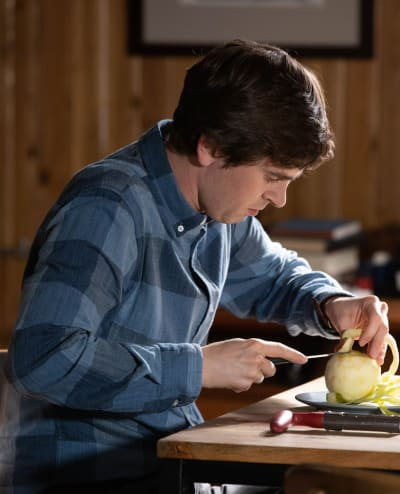 Cutting an apple the good doctor s3e2
