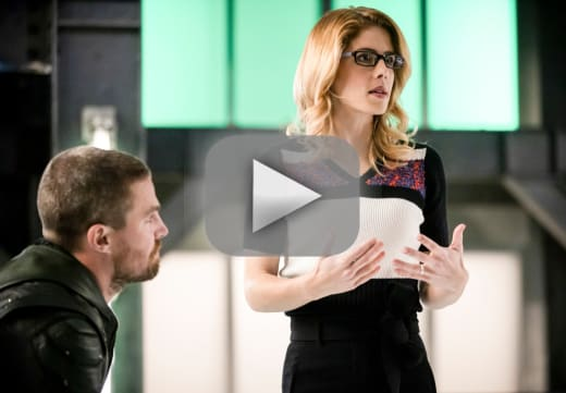 Felicity is happy arrow