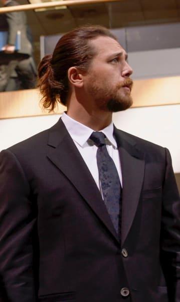Handsome man animal kingdom s4e3