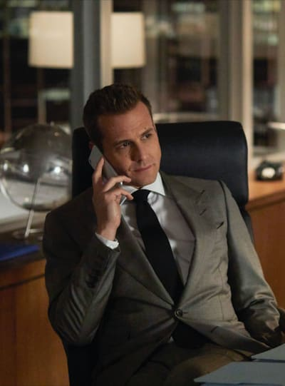 Harvey weighs in suits s8e14
