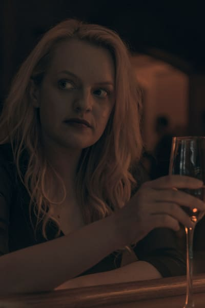 June is drinking wine in gilead the handmaids tale s3e11
