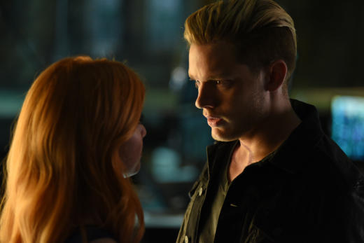 Look deeply shadowhunters season 1 episode 7
