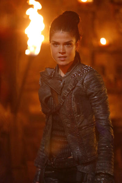 Octavia the 100 season 4 episode 3