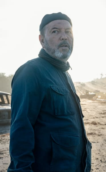 On the road again fear the walking dead s5e4
