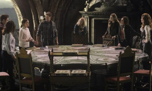 Planning an attack once upon a time s7e22