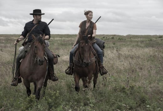 Riding horses into the end fear the walking dead