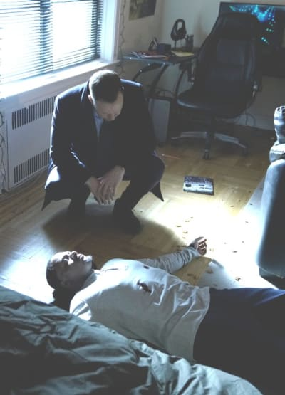 Tall a fatal shooting blue bloods s9e15