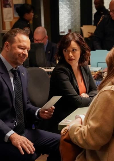 Tall consulting a medium blue bloods s9e13