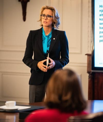 Tall elizabeths presentation madam secretary s5e9