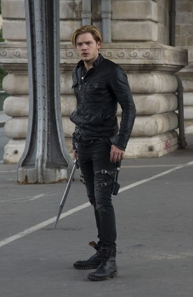 The search is on shadowhunters