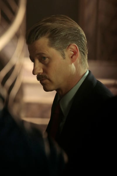 The stache gotham s5e12