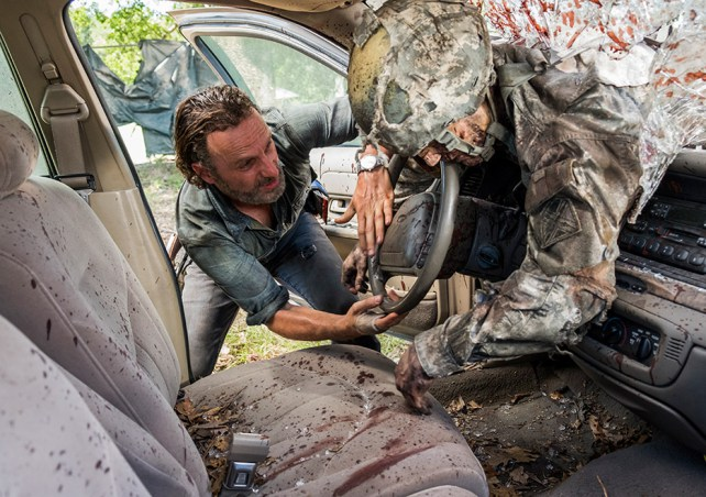The walking dead episode 712 rick lincoln 7 935