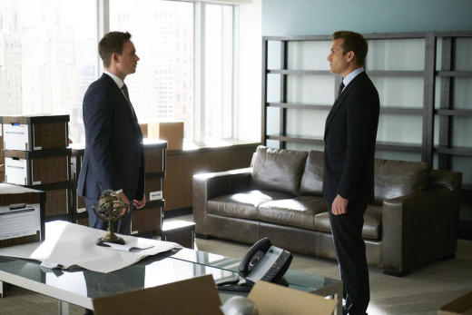 This is empty suits s7e1