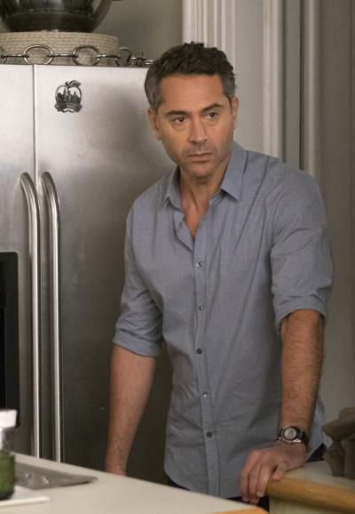Vic is concerned the affair s3e7
