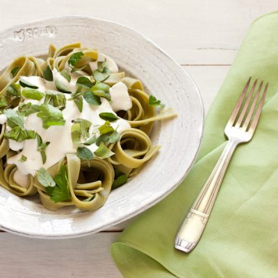 Low-fat Alfredo sauce for Meatless Monday